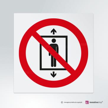 Cartello Vietato utilizzare ascensore P027