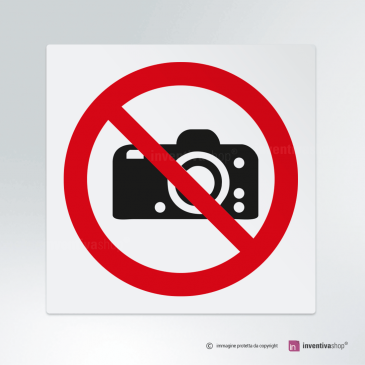 Cartello Divieto di fare fotografie P029
