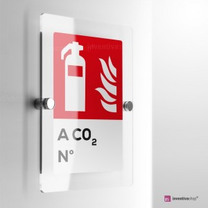 Cartello Plex: Antincendio estintore a CO2 numerato