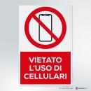 Adesivo vietato l'uso dei cellulari