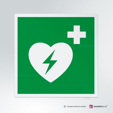 Cartello Defibrillatore d'emergenza E010