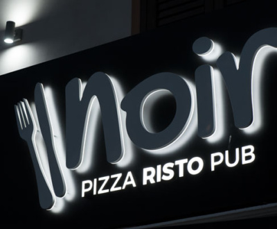 Insegne luminose pizzeria