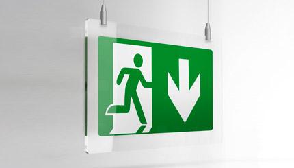 Cartello uscita di emergenza plexiglass a soffitto.
