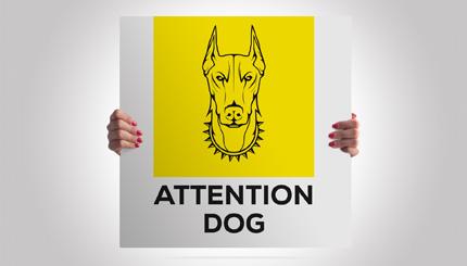 Cartello alluminio quadrato: attenti al cane razza Dobermann