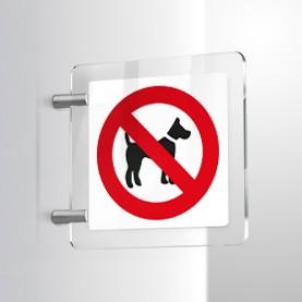 Non sono ammessi cani