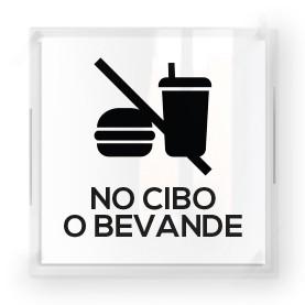 No cibo con scritta